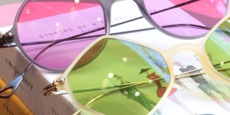 Detalle gafas Eyepetizer de cristales colores